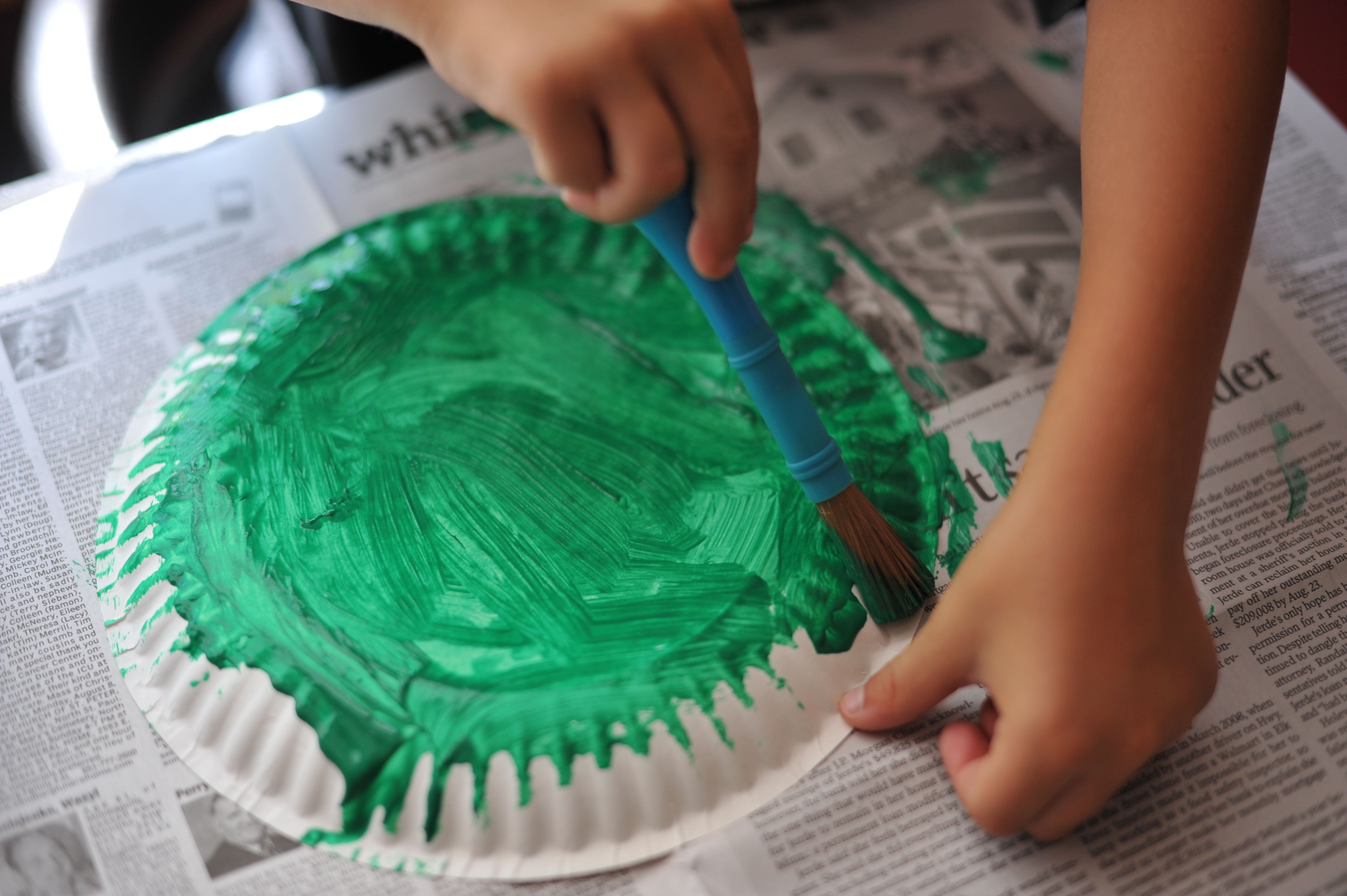 2. & Paper Plate Frog | mommyapolis